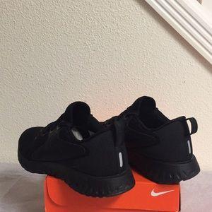 Nike Shoes - NIKE LEGEND REACT (8) WOMENS SHOES